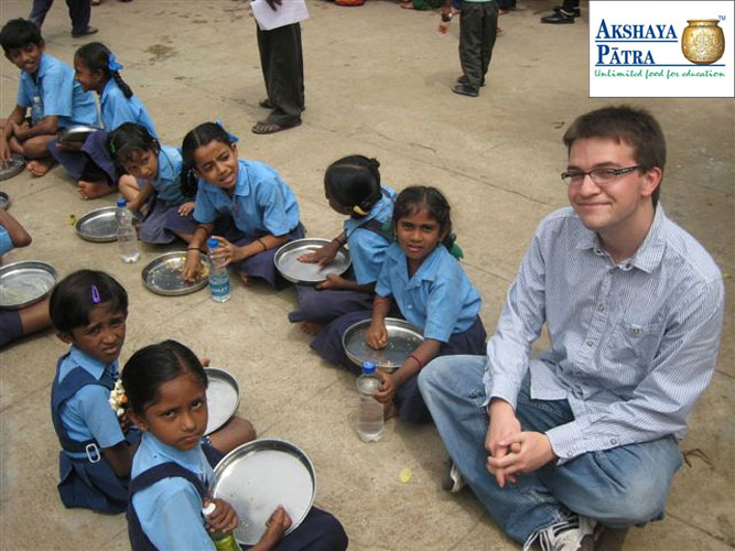 Akshaya Patra Feed Program