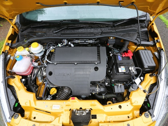 Fiat Punto Evo Engine