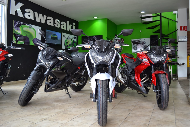 Why-You-Should-Wait-for-these-Motorbikes-to-Bang-on-Afore-Glare-Festival-Kawsaki-Z250