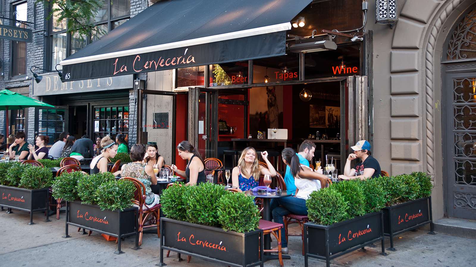 Glimpses of nyc 39 s restaurants for pure soul lovers that for Best valentines restaurants nyc