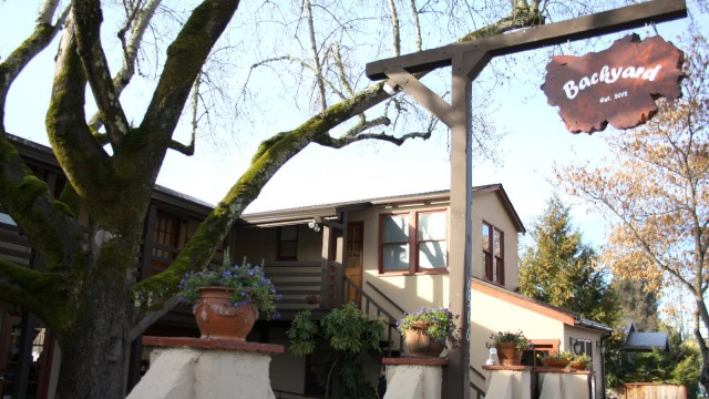 backyard-restaurant-nyc