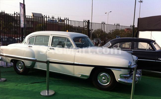 Crysler-Vintage-Car
