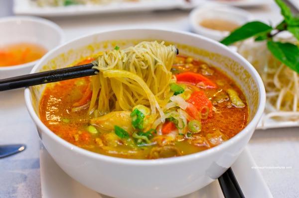 stuffed-noodles-soup