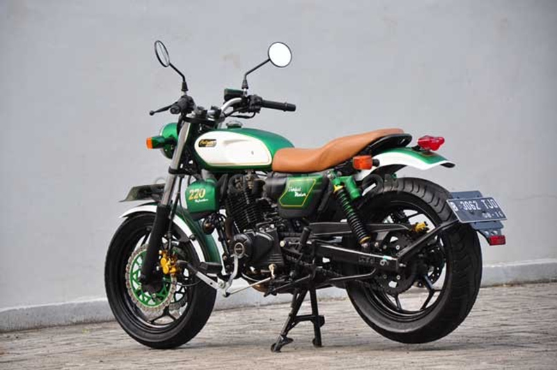 Bajaj Pulsar 220F Modified Retro Classic