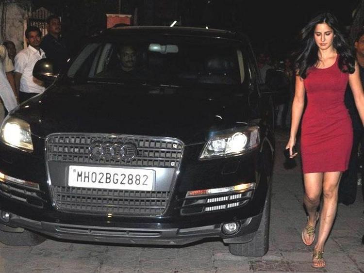 Katrina Kaif Audi Q7