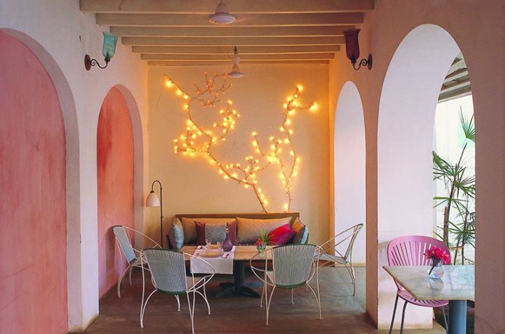 9 restaurants in pondicherry that 39 ll impress you in first for La maison rose lourmarin