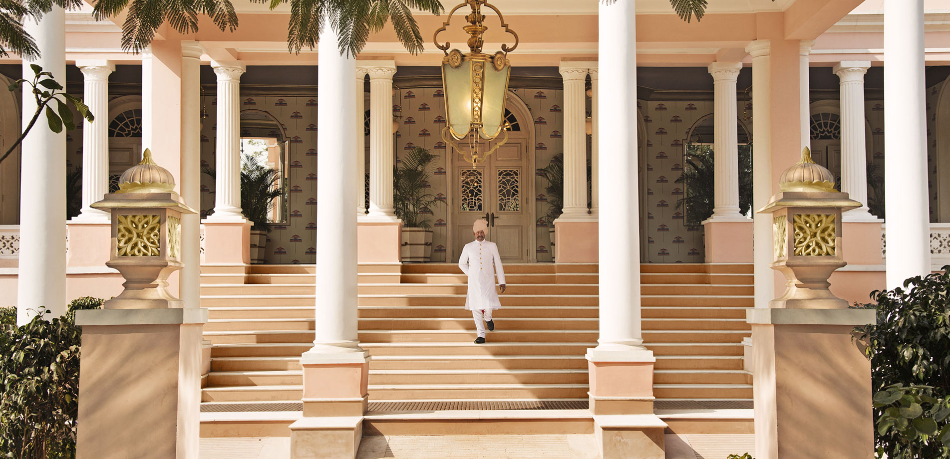 Feel historic touch by staying at sujan rajmahal palace for Home architecture jaipur