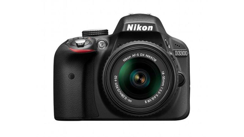 DSLR Camera (Nikon D3300)