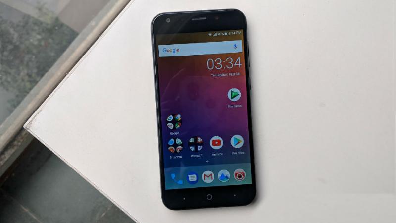 Smartphone t.phone P