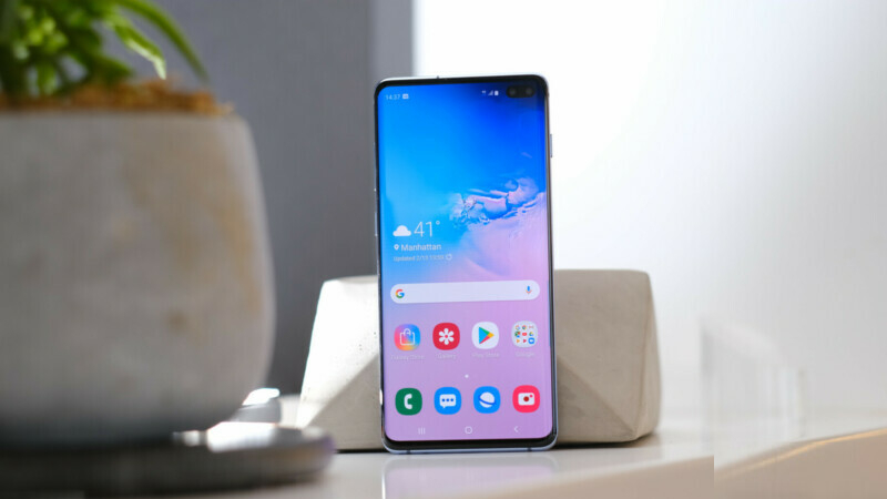 Samsung Galaxy S10 Display